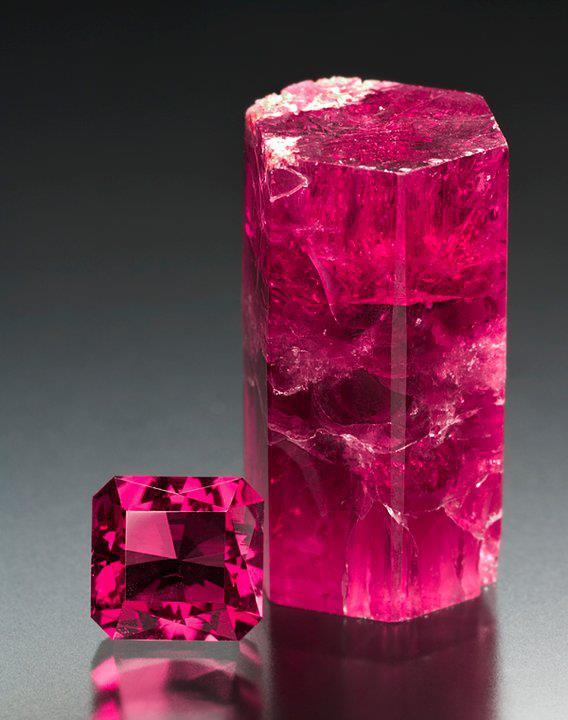 red beryl crystal and faceted gemstone
