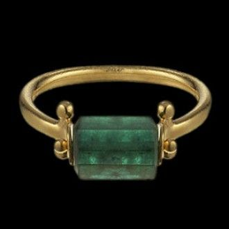 Egyptian emerald ring reproduction