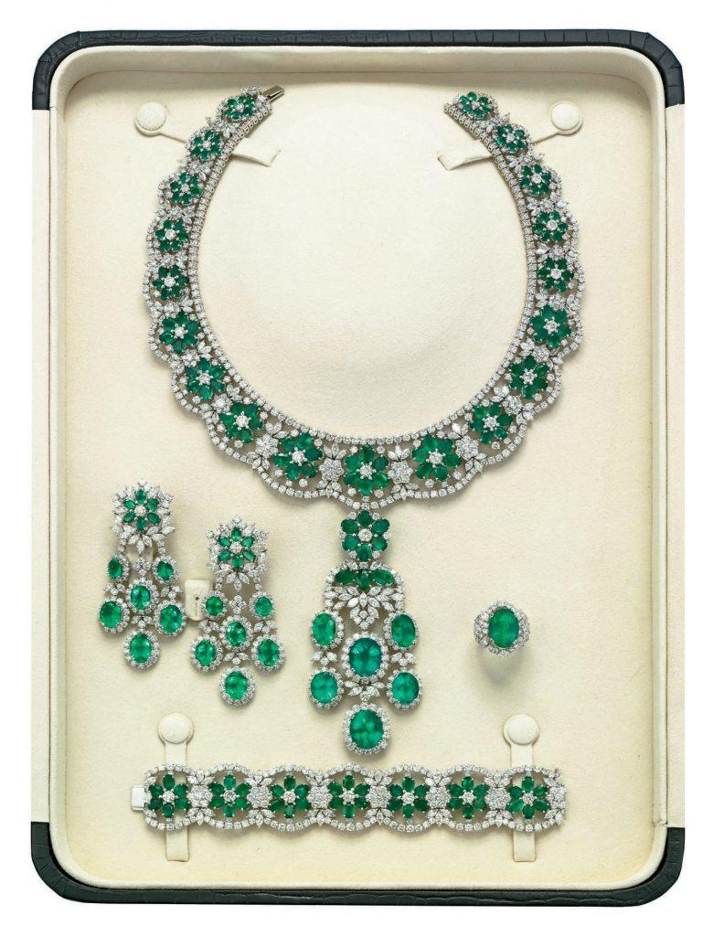 emerald diamond parure