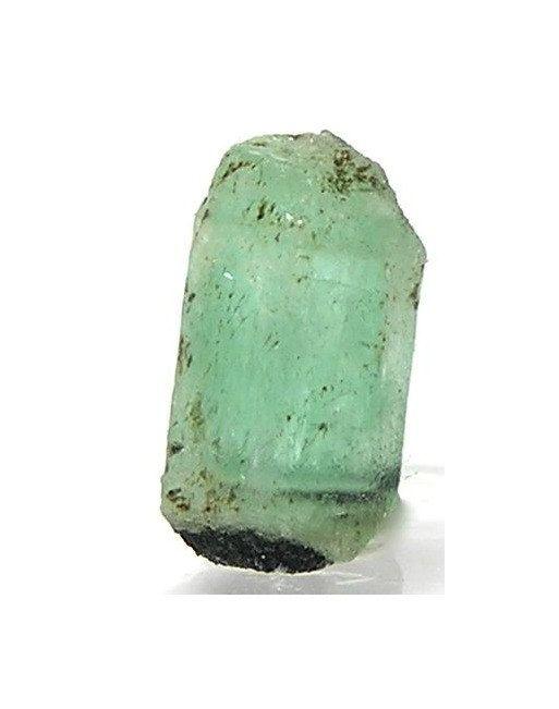emerald gemstone talisman