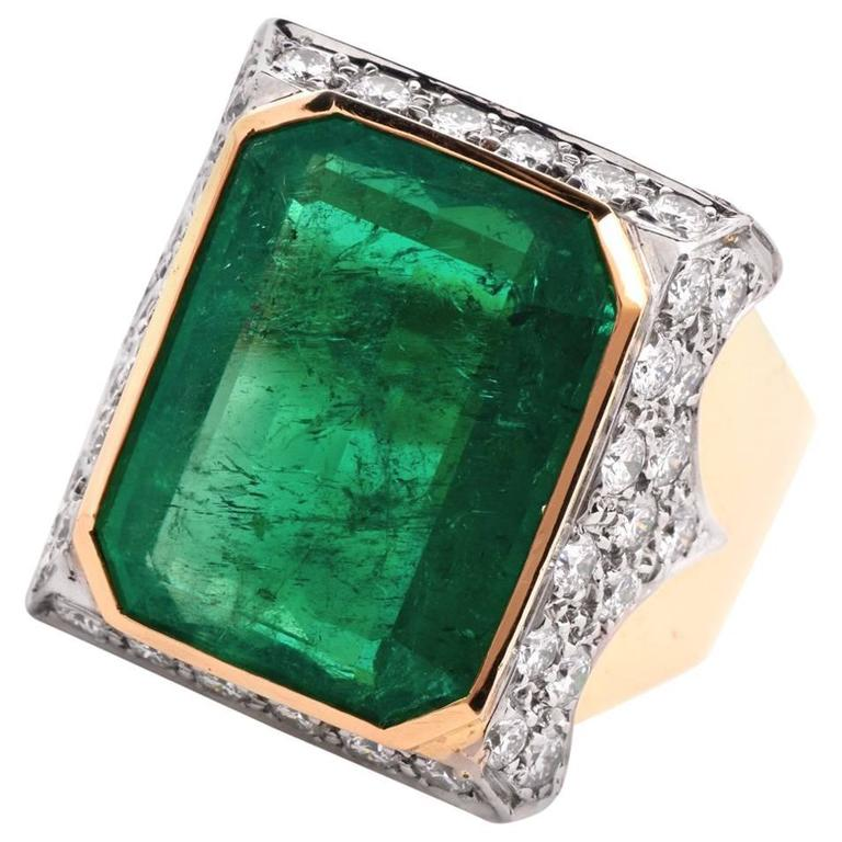 emerald gold cocktail ring