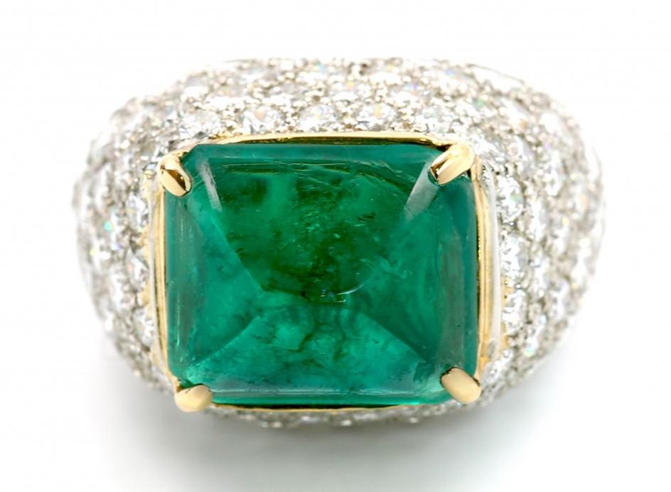 emerald sugarloaf cabochon ring