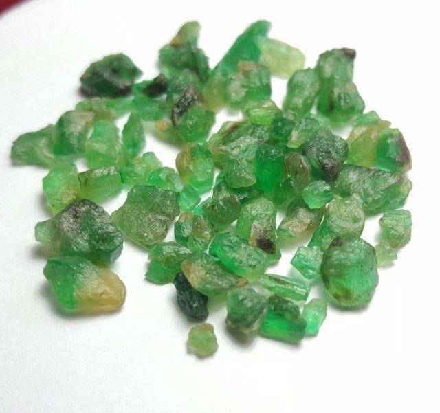 natural emerald crystals