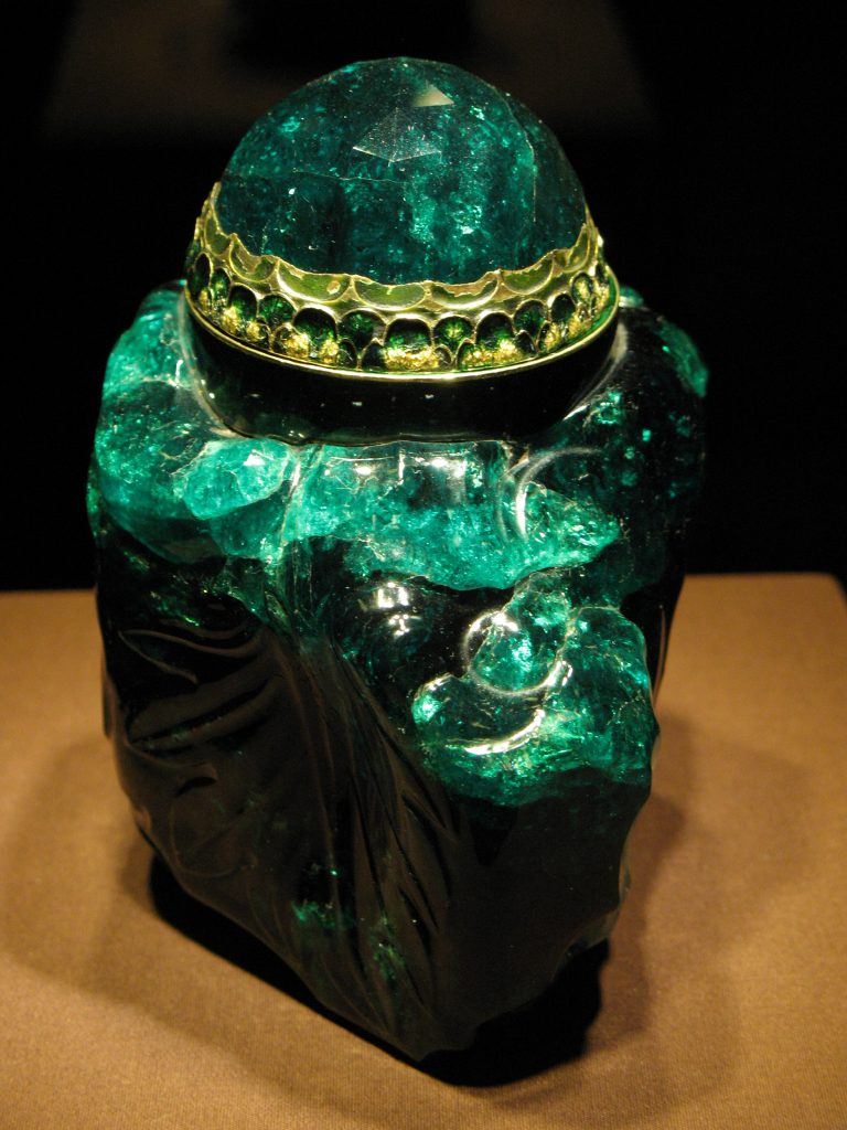 2860 carat colombian emerald clock